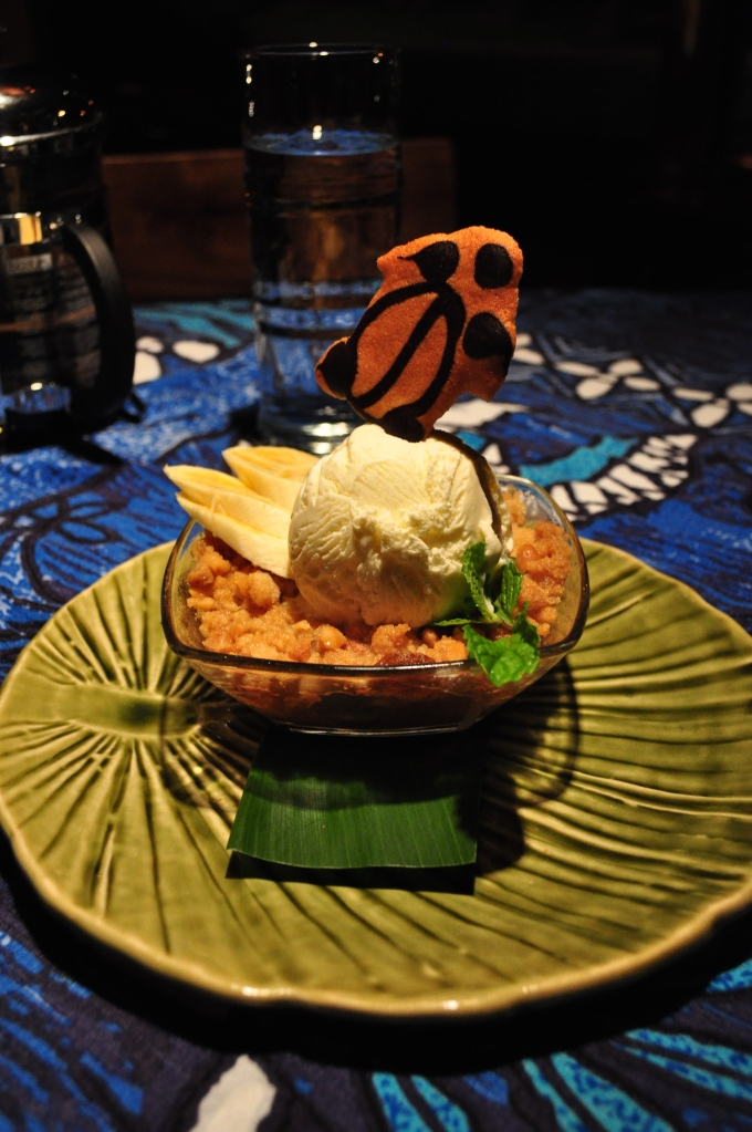 Macadamia Banana Crisp